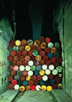 Christo und Jeanne-Claude - Wall of Oil Barrels