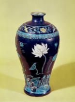 Chinesische Malerei - Ming vase with three colour decoration