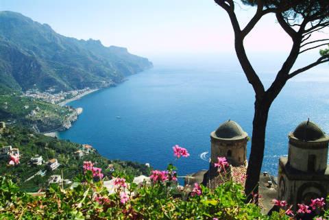 Pornostar Bilder von Italia blau
