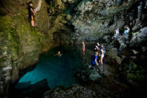 All Canada Photos (F1 Online) - Die Grotte, Bruce Trail, Tobermory