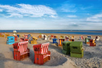 Norbert Hohn  (F1 Online) - Beach chairs on the beach, Langeoog, Germany