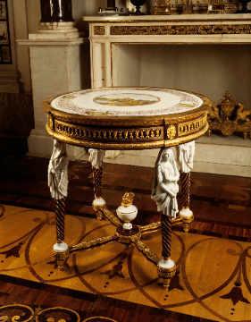 akg anonymous mitteltisch porzellan bronze holz digitaler kunstdruck individuelle. Black Bedroom Furniture Sets. Home Design Ideas