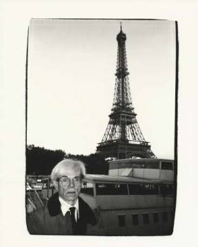 klassischer Kunstdruck: Andy Warhol, Andy Warhol and Eiffel Tower, 1982