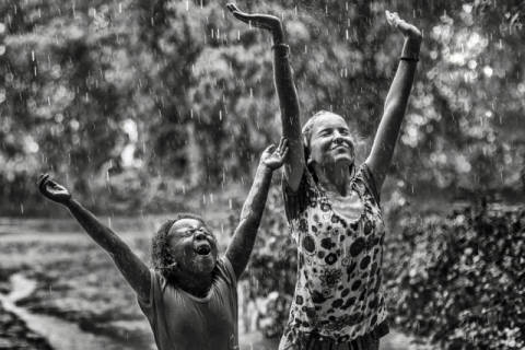 Foto-Kunstdruck: Gloria Salgado Gispert, Joy of rain