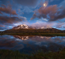 Yan Zhang - Patagonia: Dance of the Clouds