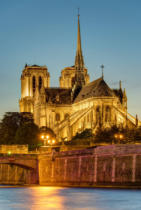Jens Ickler - The famous cathedral of notre dame in paris after sunset
